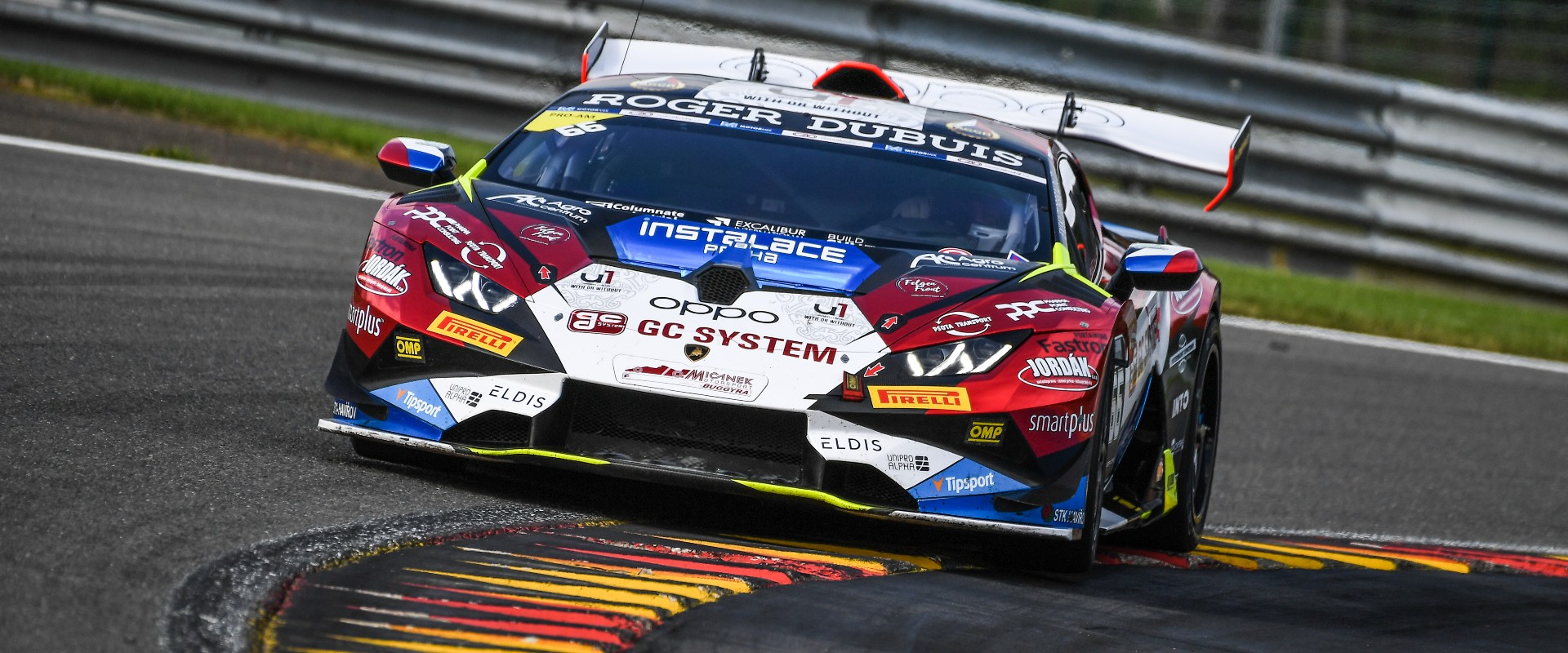 Padesát na padesát: Mičánek Motorsport powered by Buggyra jede ze Spa s dvěma podii a dvěma nedokončenými závody