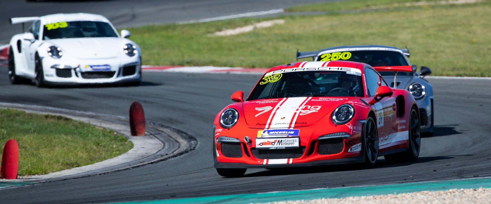Šmarda si v Oscherslebenu dvěma podii pomohl k celkovému třetímu místu v Porsche Sports Cup Deutschland