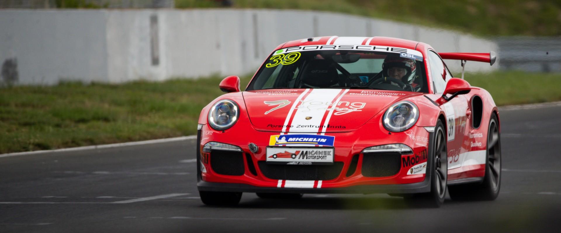 Tři závody, tři podia: Šmarda veze z Lausitzringu nejlepší výsledek sezony navzdory podmínkám