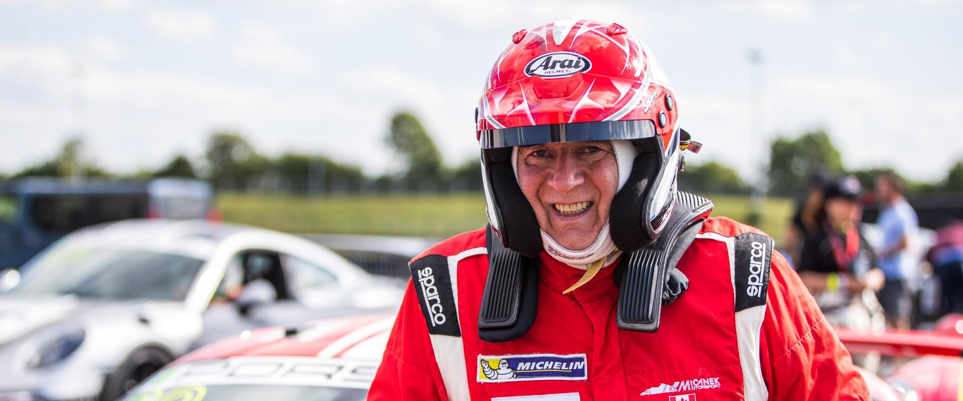 Nejcennější víkend Porsche Sports Cup: Šmarda chce v nočním závodu útočit na vítězství