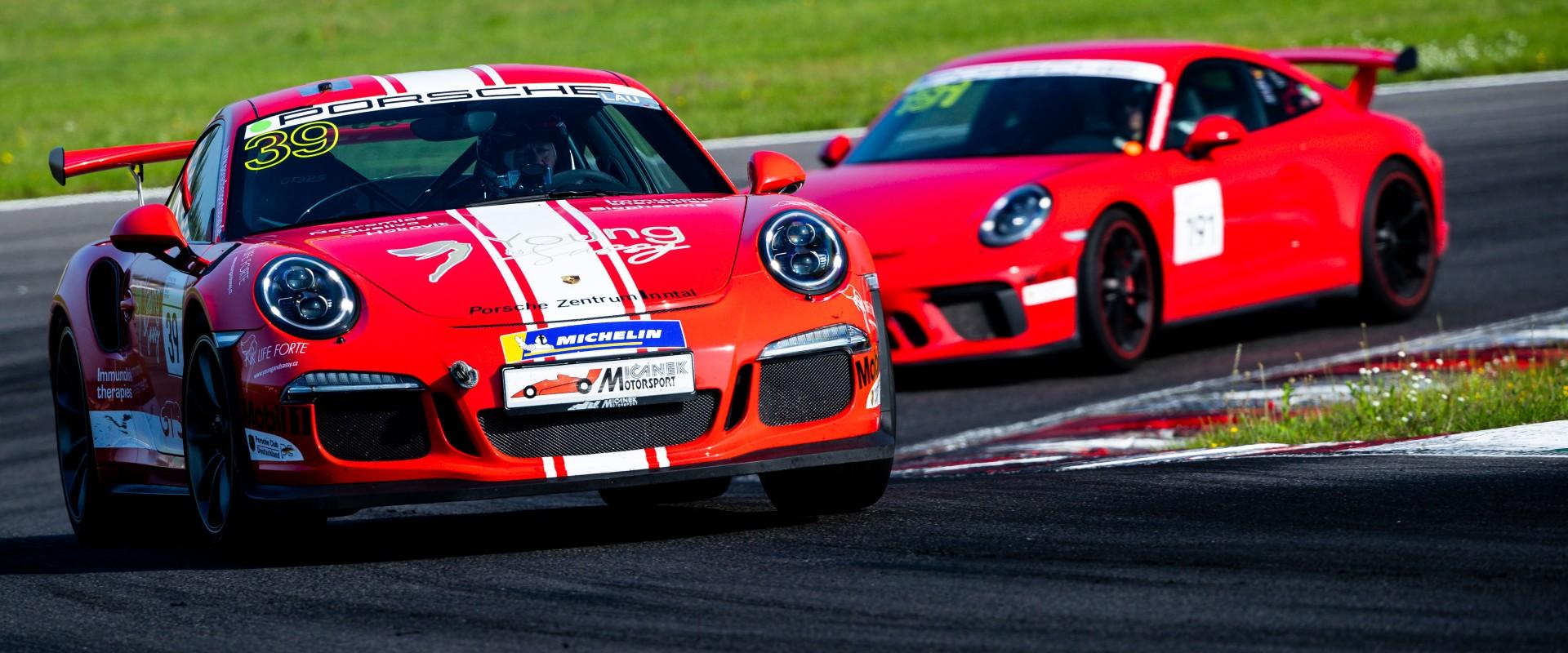 Vyhlídky na finále: Šmarda v Porsche Sports Cup hájí třetí místo a pomýšlí na stříbro