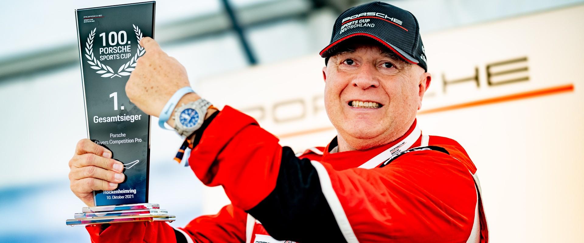 Finále zříše snů: Šmarda oslavil jubilejní závod Porsche Sports Cup vítězstvím a pojistil si celkové podium